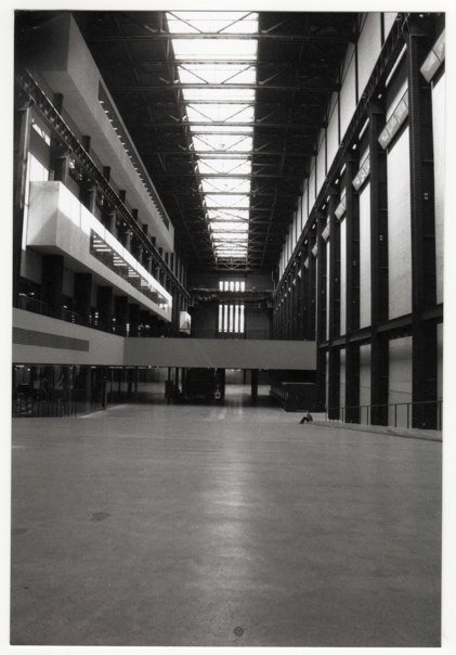 black,white,urban,city,london,35mm,tate,modern,architecture,turbine,hall,power,station